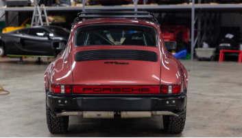 在1981年保时捷911 SC中获得成功