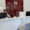 英格兰的汽车经销店重新开放预计电动汽车的需求
