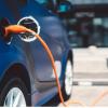 电动汽车的普及引发了对充电控制的争夺