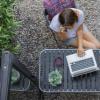 微软为一些员工提供永久在家工作的选择